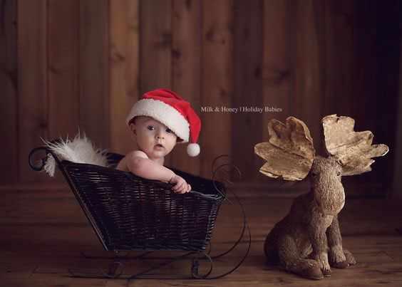 ребенок в санках