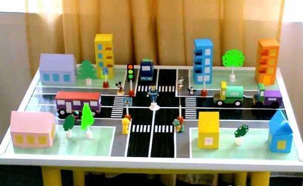 Готовый игровой макет перекрёстка